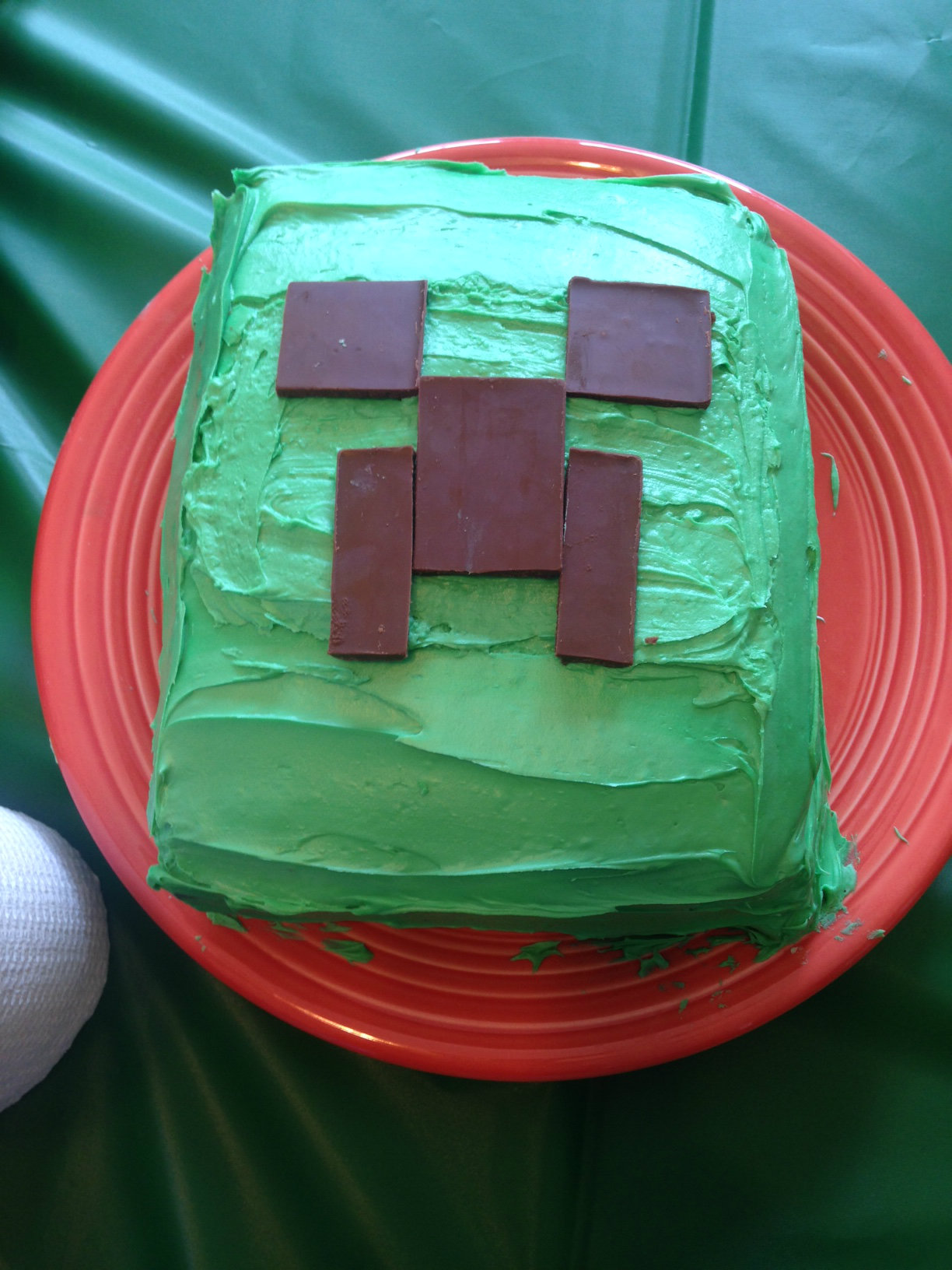 The Slacker Moms Guide To Throwing A Minecraft Birthday Party